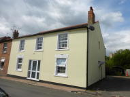 Flat to rent in School Lane, Badsey...