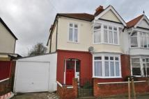 4 bedroom semi detached home in Kingsway...