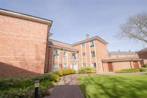 2 bed Apartment in College Mews