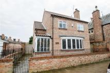 2 bedroom Detached property in Clifton Green, Clifton...