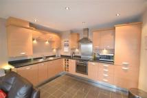 Flat to rent in Olympian Court