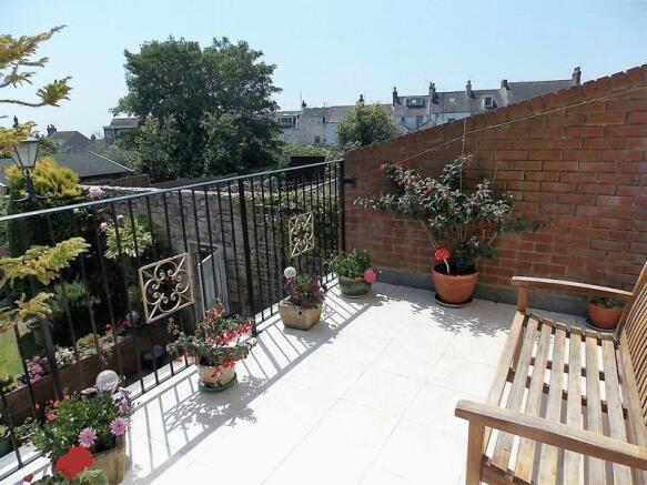Balcony off Co...