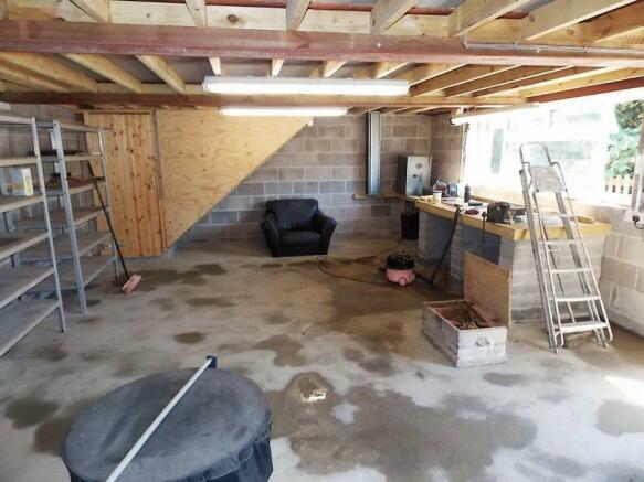 Barn/Garage Gr...