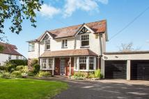 4 bed house in Courtlands Lane, Exmouth...