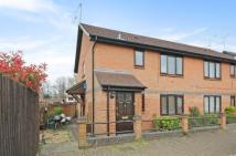 1 bedroom Maisonette for sale in Bagshot, Surrey