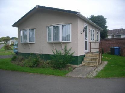 2 Bedroom Mobile Home For Sale In Dungells Lane Yateley