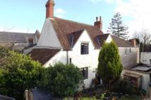 Cottage for sale in High Street...