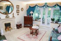 Flat for sale in Greenways Court...