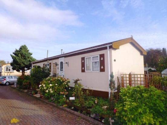 2 Bedroom Mobile Home For Sale In Iford Bridge Park Old