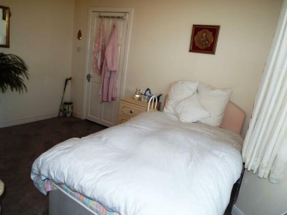 Reception 2/Bedroom