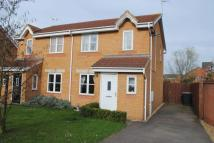 3 bed semi detached property to rent in Cheltenham Close, Rushden