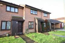 2 bed property in Pimpernel Close...