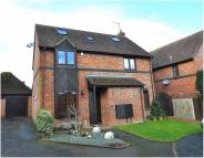 5 bedroom Detached home for sale in Faverolle Green...