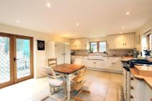 5 bedroom Detached house to rent in Frithsden, Berkhamsted...
