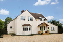 5 bedroom Detached property for sale in Westwick Row...