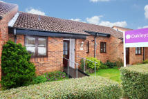 2 bedroom Terraced Bungalow in Mandelyns, Northchurch...