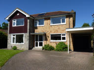 4 bed Detached home for sale in Woodlands Drive...