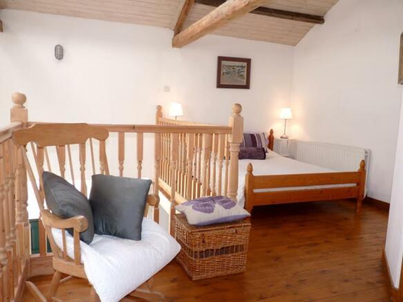 Mezzanine Bedroom FO