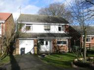 4 bed Detached house in Birchwood Road...