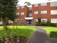2 bedroom Flat in Somerleyton Court...