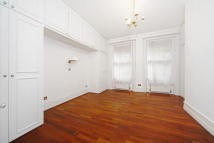 Wetherby mansions Earls Court Square Flat to rent