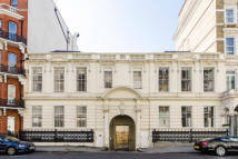 property to rent in Harrington Gardens, South Kensington, London SW7