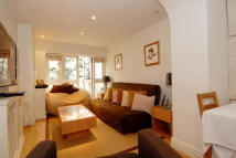 2 bed Flat to rent in Onslow Gardens, SW7