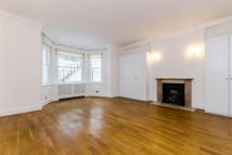 Flat to rent in Onslow Gardens...