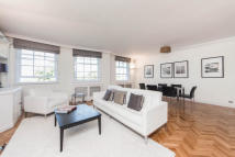 2 bed Flat in Fulham Road, SW3