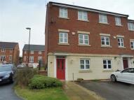 4 bedroom semi detached property in Badgerdale Way...