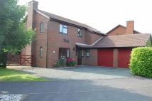 4 bed Detached property in Kirkland Avenue...