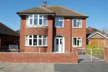 4 bedroom Detached property in Kenwood Drive, Copthorne...