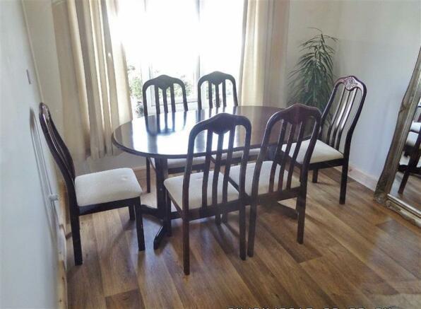 SITTING ROOM / STUDY