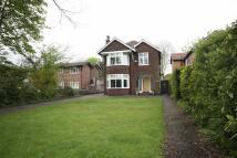 Detached home in Ellesmere Road...