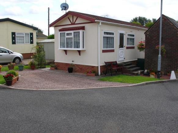 bedroom mobile home for sale in star mobile home park, lawn lane, Bedroom designs