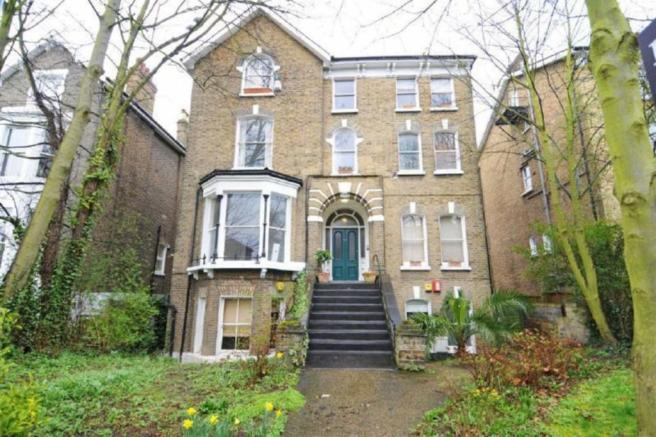 1 Bedroom Flat For Sale In Manor Park Lewisham London SE13 5QZ