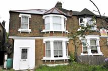 Flat in St. Mildreds Road, Lee...