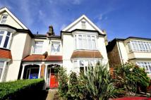 2 bedroom Flat for sale in 117 Bromley Road...