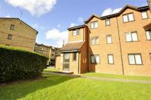 1 bedroom Flat for sale in Graham Court, New Cross...