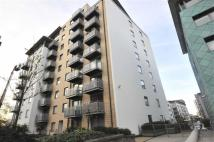 1 bedroom Flat in Deals Gateway, Lewisham...