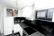 2 bedroom Flat in Armoury Road, Deptford...