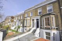 2 bedroom Flat to rent in Wisteria Road, London