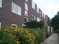 Flat to rent in Ashburnham Road, Ham...