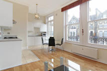 1 bed Flat to rent in Glazbury Road...