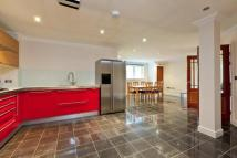 St Georges Court Apartment to rent