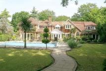6 bedroom Detached home in The Quillot...