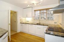 2 bedroom Ground Flat to rent in St. George's Avenue...