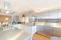 1 bed Apartment to rent in Kennington, SE11
