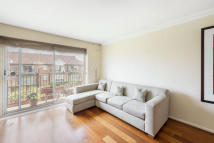 Whistlers Avenue Flat to rent