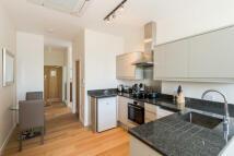 1 bedroom Apartment to rent in Chertsey Road